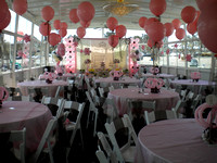 Party deck DIning with Balloons