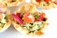 Spinach Artichoke Tartlet with Pico de Gallo